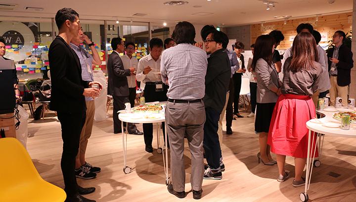 ネットワーキングでは、参加者同士による課題やアイデアの交換、パネリストへの質問が熱心に行われた